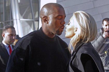 Escucha la oda de amor de Kanye West para Kim Kardashian: Awesome