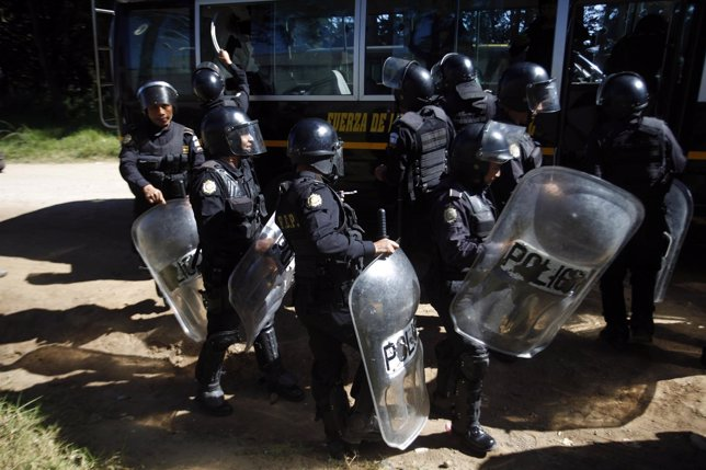 Policías de Guatemala.