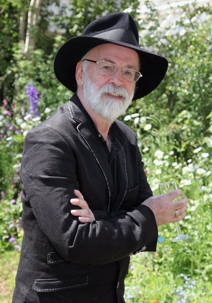Muere Terry Pratchett, autor de Mundodisco