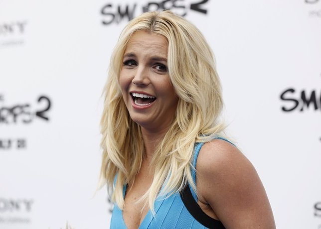 A Britney Spears se le cae el pelo en pleno concierto en Las Vegas