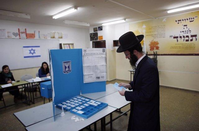 Abren sus puertas los colegios electorales de Israel