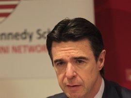 Soria dice que la intervención de Banco Madrid no afecta a la imagen de la banca española