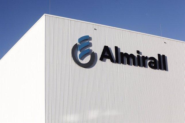 Centro de producción de Almirall