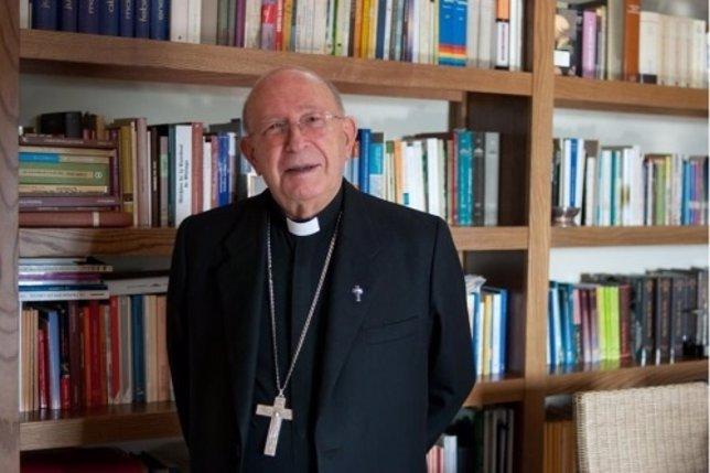 Antonio Dorado Soto obispo de Málaga 1993-2006 obispo emérito fallece 2015