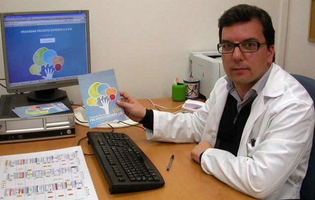 La Unidad de Farmacia del Valme dirige el proyecto 'Paciente experto 2.0 en VIH'