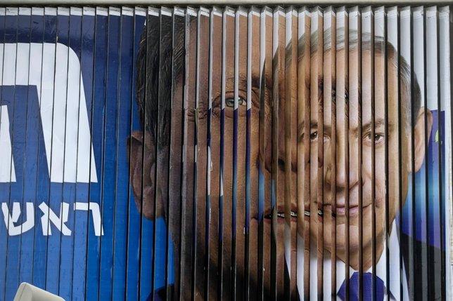 Netanyahu y Herzog en un cartel electoral