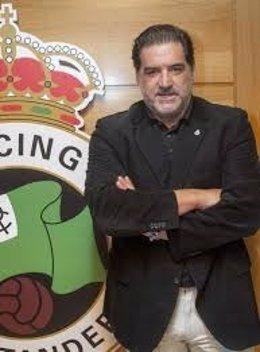 Imagen de archico de José Campos cuando era consejero del Racing