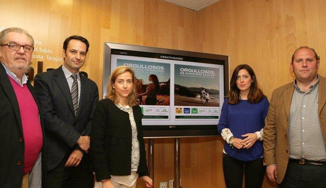 Presentación de una campaña medioambiental para fomentar el reciclaje