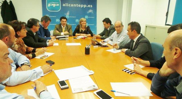 Sánchez Zaplana preside el encuentro con los presidentes de distrito