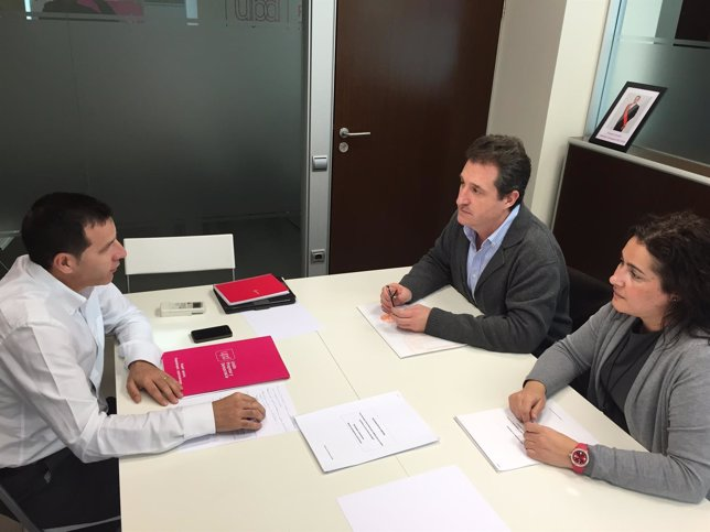 Reunión de UPyD con el Colegio de Farmacéuticos de Zaragoza