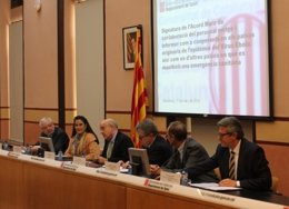 Personal sanitario de Catalunya cooperará en los países originarios del ébola