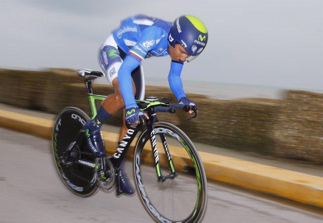 Nairo Quintana (Movistar) en la crono final de la Tirreno de 2015