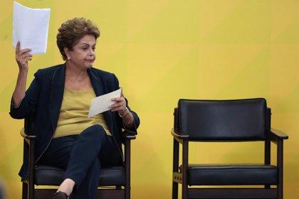La oposición brasileña pedirá investigar a Rousseff por el 'caso Petrobras'