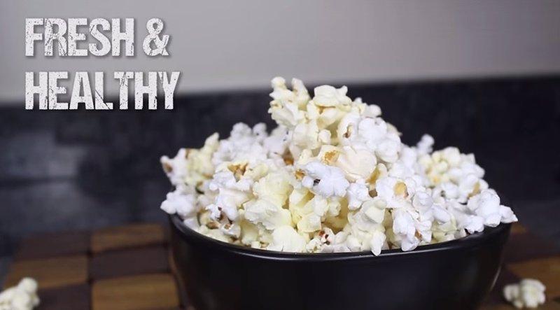 Cómo hacer palomitas de maíz en el microondas desde casa (Video ...