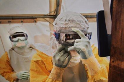 Un año de ébola: 10.000 muertes y un futuro desolador