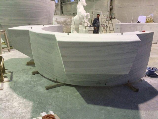 Mortero gigante realizado en mármol Blanco Macael