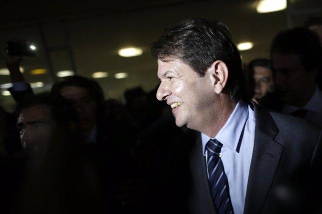 El Ministro De Educación De Brasil, Cid Gomes, Presenta Su Dimisión