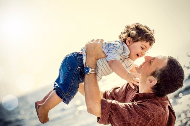 Padre e hhijo, día del padre
