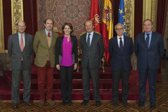 Barcina Con Miembros Del Círculo De Navarra En Madrid