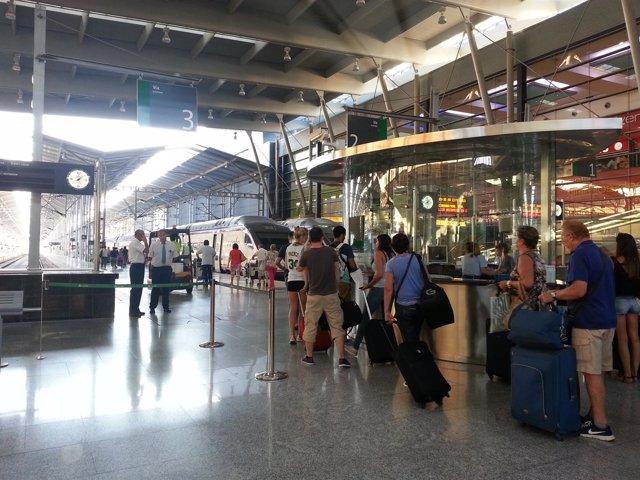 Pasajeros, Viajeros, Tren, Renfe, Adif, viaje, Estación