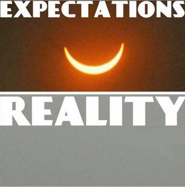 ¿Eclipse? Los Mejores 'Memes' Del Eclipse De Sol Con Nubes En España