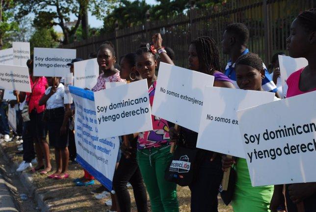 Ciudadanos con origen haitiano de República Dominicana reclaman sus derechos