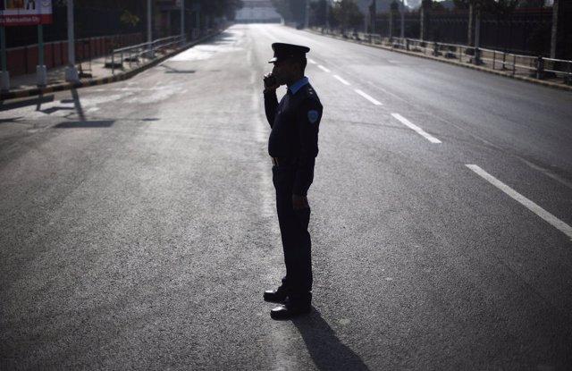 Policía en India