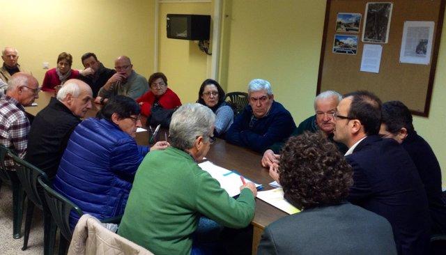 López Estrada se reúne con miembros de la Unión Vecinal
