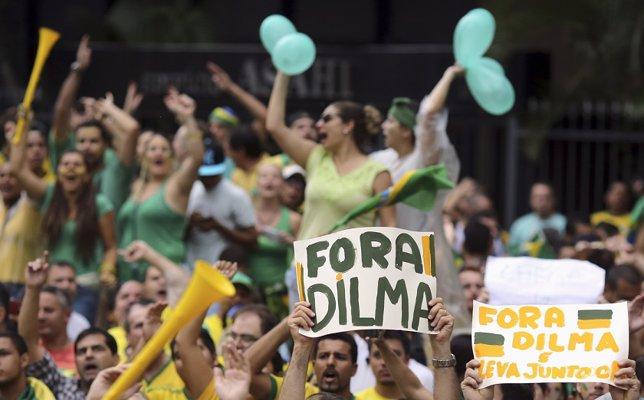 Manifestación contra Dilma Rousseff