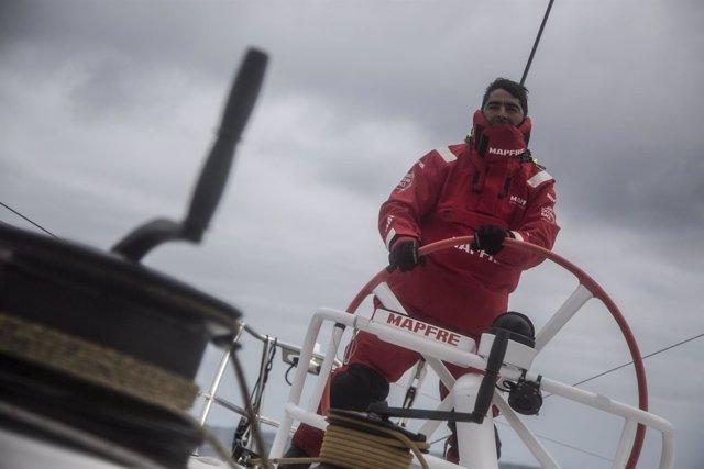 André Fonseca 'Bochecha' caña MAPFRE Volvo Ocean Race
