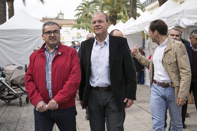 Monago con José Rangel, candidato de Oliva de la Frontera