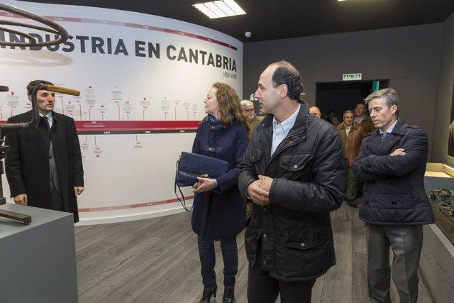 Diego en Corrales, en el centro de interpretación de la industria