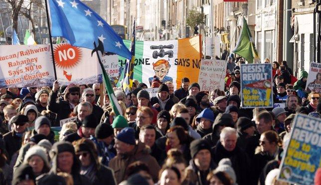 Manifestación contra el impuesto del agua en Irlanda