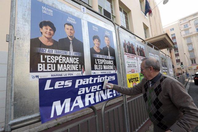 Carteles de las elecciones departamentales francesas
