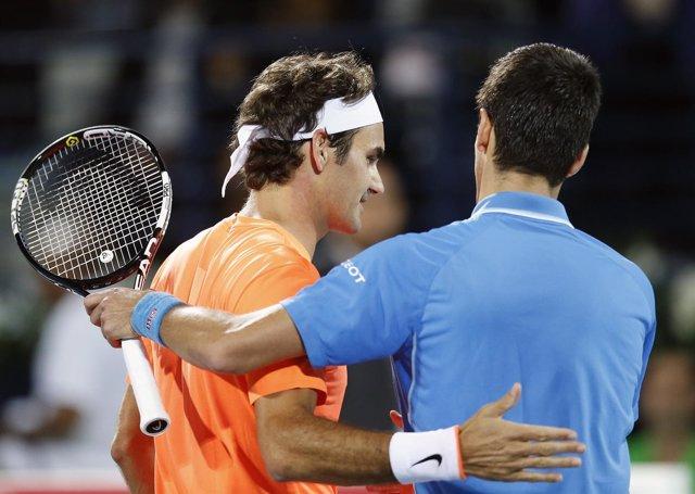 Federer tumba a Djokovic por su séptimo título en Dubai