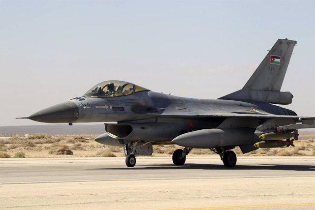 Un caza de las Fuerzas Aéreas jordanas
