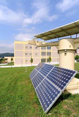 Escuela de Minas UC. Paneles solares