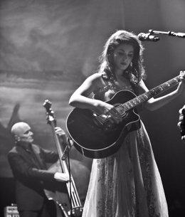 La cantante Katie Melua en una actuación
