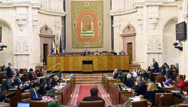 Pleno del Parlamento durante la votación