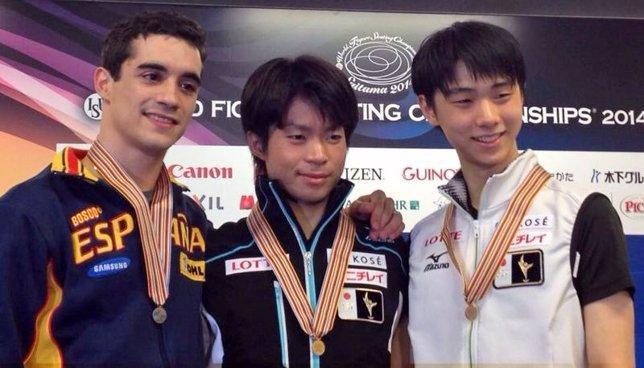 Javier Fernández con Machida y Hanyu