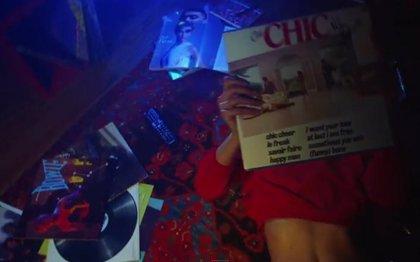 Karlie Kloss protagoniza el nuevo vídeo de Chic: I'll be there