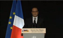 Hollande indica que hay ciudadanos de quince países entre las víctimas del accidente aéreo