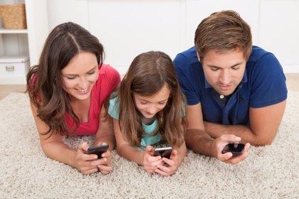 Los grupos de WhatsApp de padres, perjudiciales para los niños