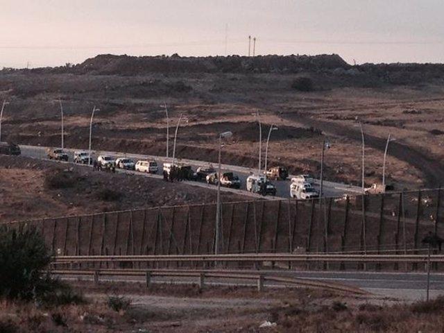Dispositivo policial marroquí al otro lado de la valla de Melilla