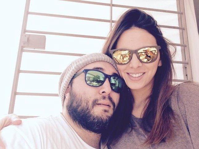 Kiko Rivera y su novia Irene Rosales felices