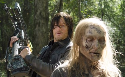George R.R. Martin revela la clave para sobrevivir al apocalipsis zombie de The Walking Dead