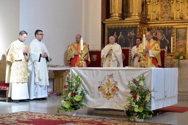 Misa en honor a Santa Teresa