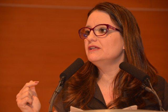 Mónica Oltra en el Consell General de Compromís