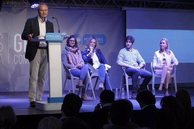 Alberto Fabra en el acto sobre educación del PP en Valencia