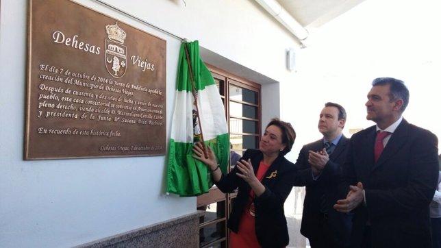Dehesas Viejas celebra su constitución como Ayuntamiento